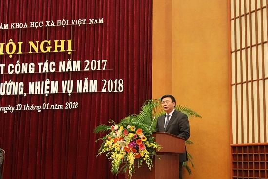Hình ảnh: Hội nghị Tổng kết công tác năm 2017 và triển khai nhiệm vụ năm 2018 của Viện Hàn lâm Khoa học xã hội Việt Nam số 1