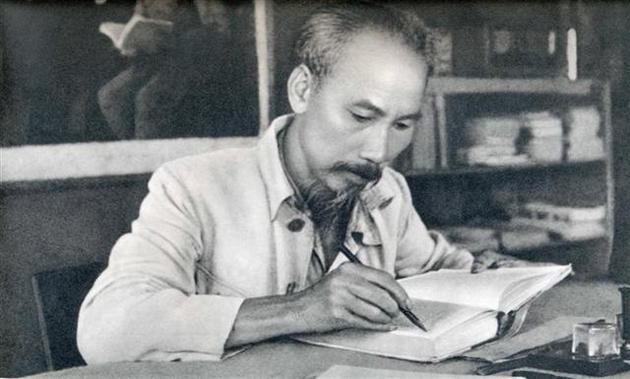 Tầm nhìn Hồ Chí Minh về giá trị Xô Viết