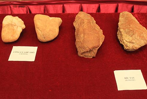 Kỹ nghệ sơ kỳ Đá cũ An Khê với thời kỳ nguyên thủy Việt Nam