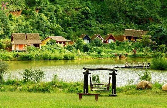 Đề tài: Nghiên cứu phát triển làng kinh tế sinh thái bền vững qua một số mô hình làng sinh thái ở nước ta hiện nay