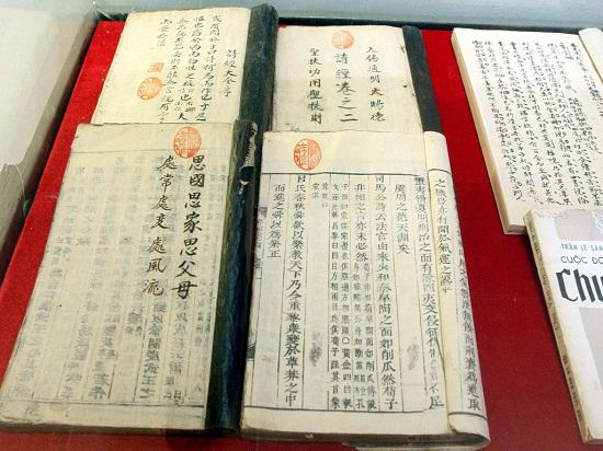 Đề tài: Nghiên cứu và đánh giá tài liệu Hán Nôm về bang giao giữa Việt Nam và Trung Quốc