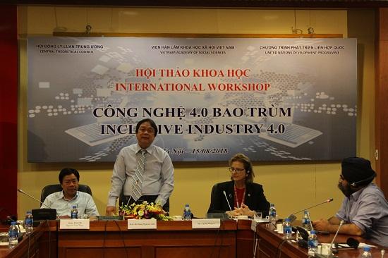Hội thảo khoa học 'Công nghiệp 4.0 bao trùm'