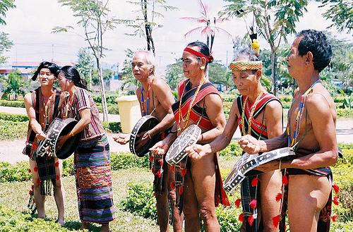 Đề tài: Quan hệ đồng tộc xuyên biên giới của một số tộc người thiểu số ở tỉnh Bình Phước và tỉnh Tây Ninh