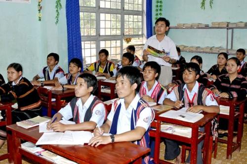 Sự sinh tồn của các ngôn ngữ ở Việt Nam hiện nay